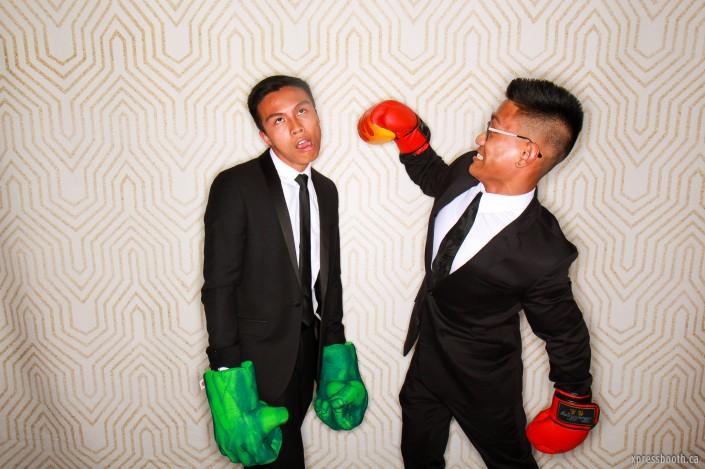 Two wacky guys boxing